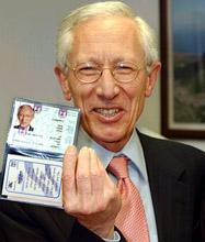 Stanley Fischer com ID israelense