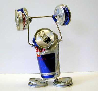 Энергетические напитки вызывают галлюцинации, вредят сердцу и почкам.